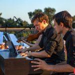 """Recital de pian cu muzică clasică în  parcul """"Valea Morilor"""""""