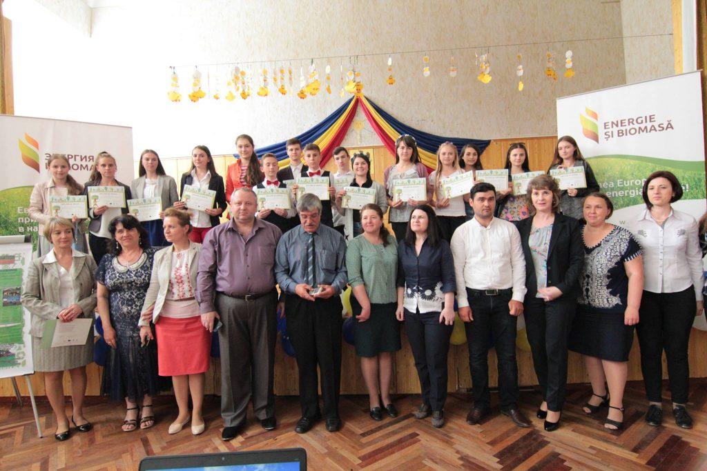 """Etapa finală a Concursului  """"Surse de energie regenerabilă"""". Foto: FB/biomasa.md"""