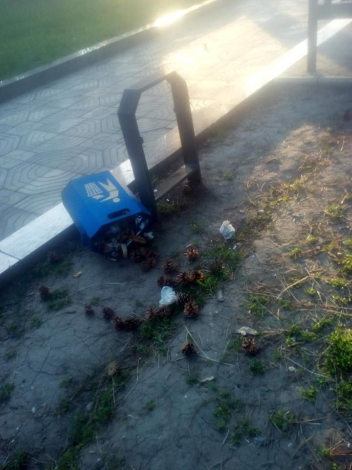 Urne vandalizate în capitală