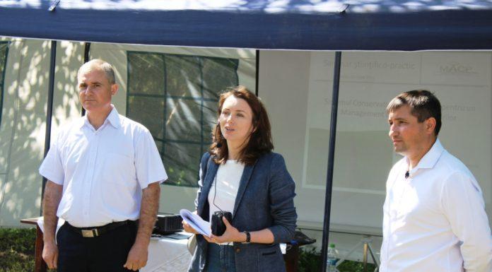 Olga Sainciuc, director adjunct al Unităţii Consolidate pentru Implementarea şi Monitorizarea Proiectelor în domeniul Agriculturii, deschiderea evenimentului Ziua Câmpului