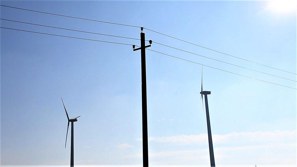 Un tandem tot mai des întâlnit - rețelele electrice poartă energia vântului