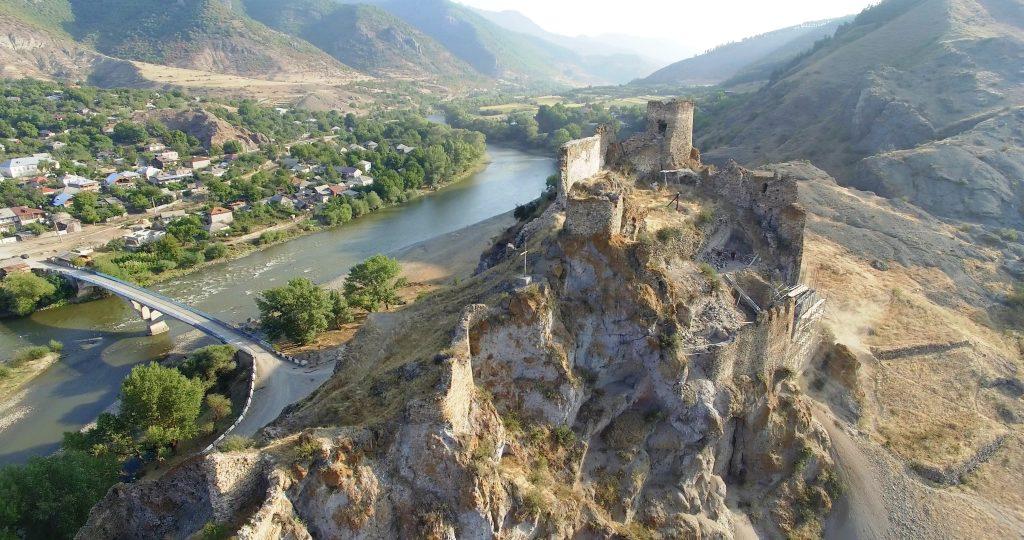 O atracție a regiunii - cetatea de la Atsquri