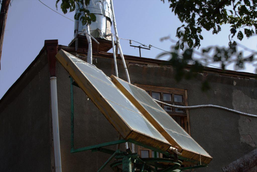 Colectorul solar dublu de la pensiunea Nick&George