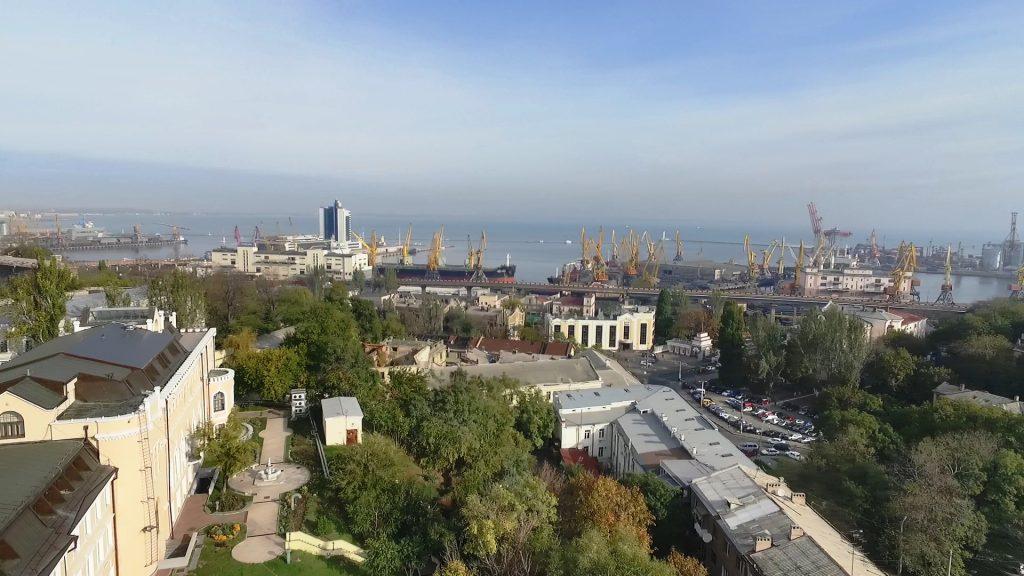 Portul și partea veche a orașului Odessa