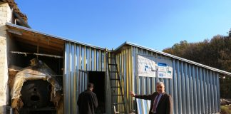"""""""Aici se produce biogazul"""", spune Griore Musteață, ecologist de la Edineț. Foto: AJMTEM"""