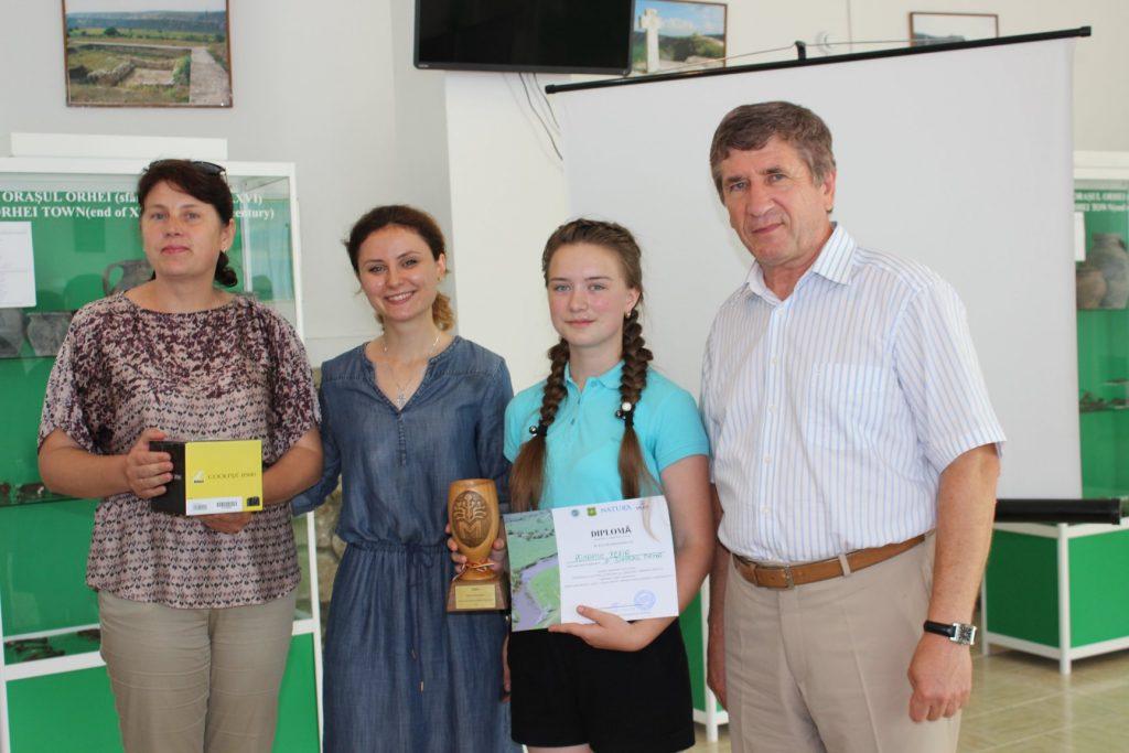 Micul Ambasador din arealul Rezervației cultural-naturale Orheiul Vechi - Xenia Romaniuc, cl. IX, satul Piatra, Orhei