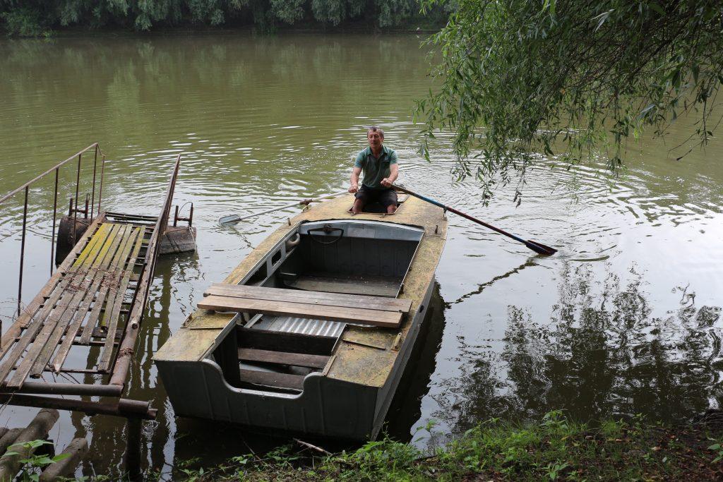 Urmează o călătorie superbă pe Nistru, în barca lui Anatol Țăranu