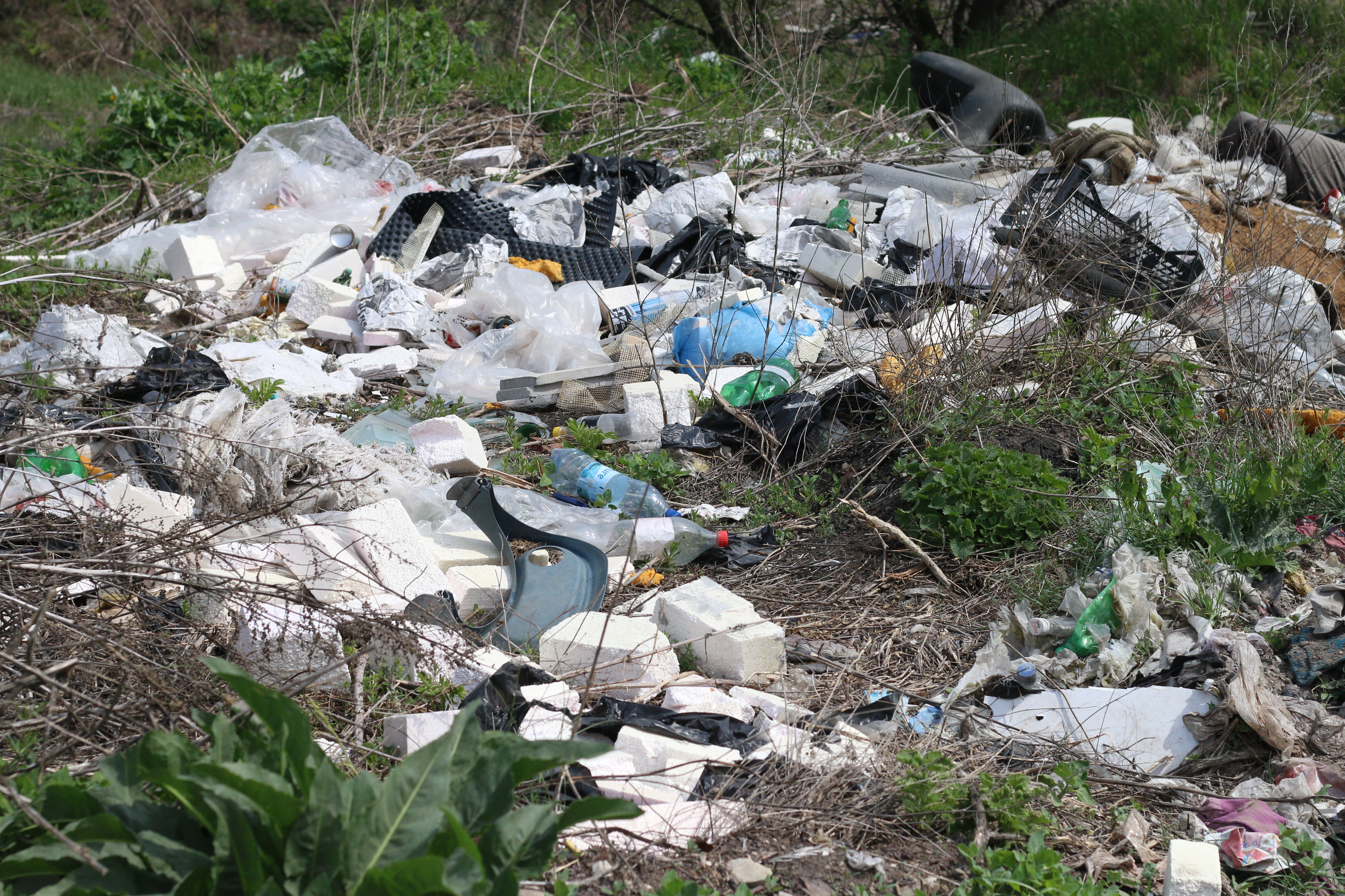 Deşeurile, greu de gestionat în R. Moldova