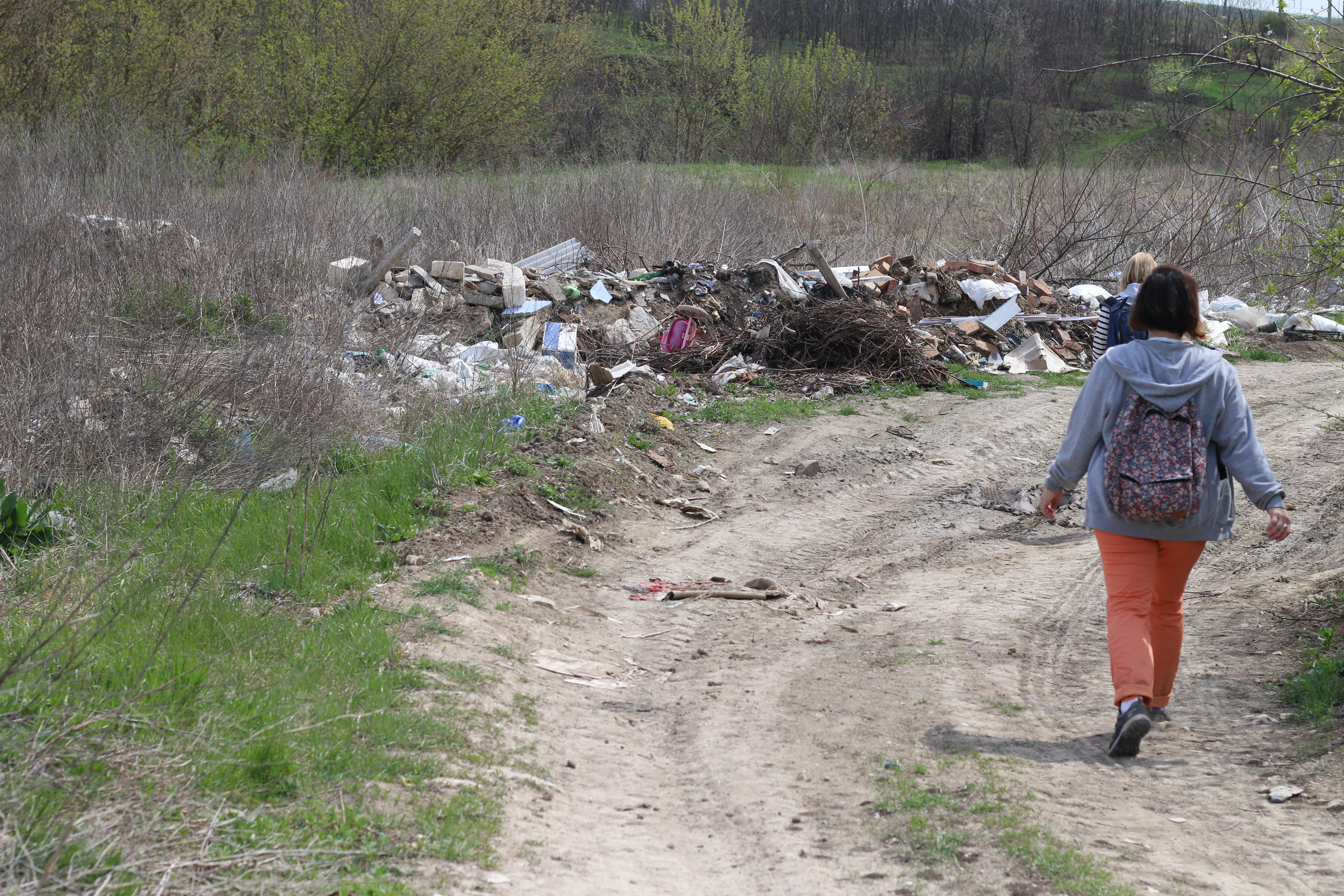 În fiecare localitate există cel puţin o gunoişte stihiinică