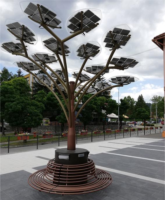 Invitaţie: cum decurge instalarea arborilor solari