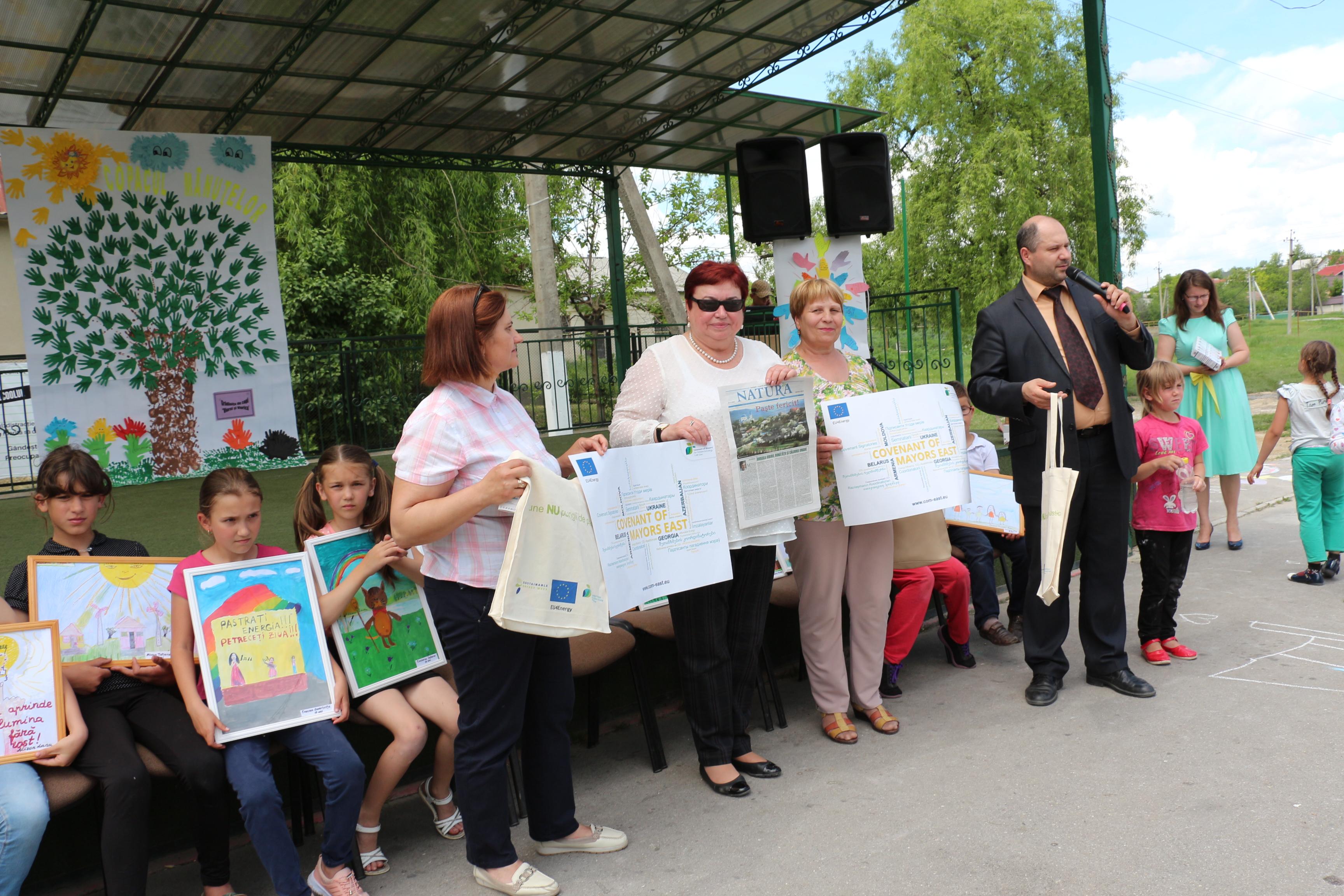 Premierea celor mai activi participanți la Ziua Energiei în Budești