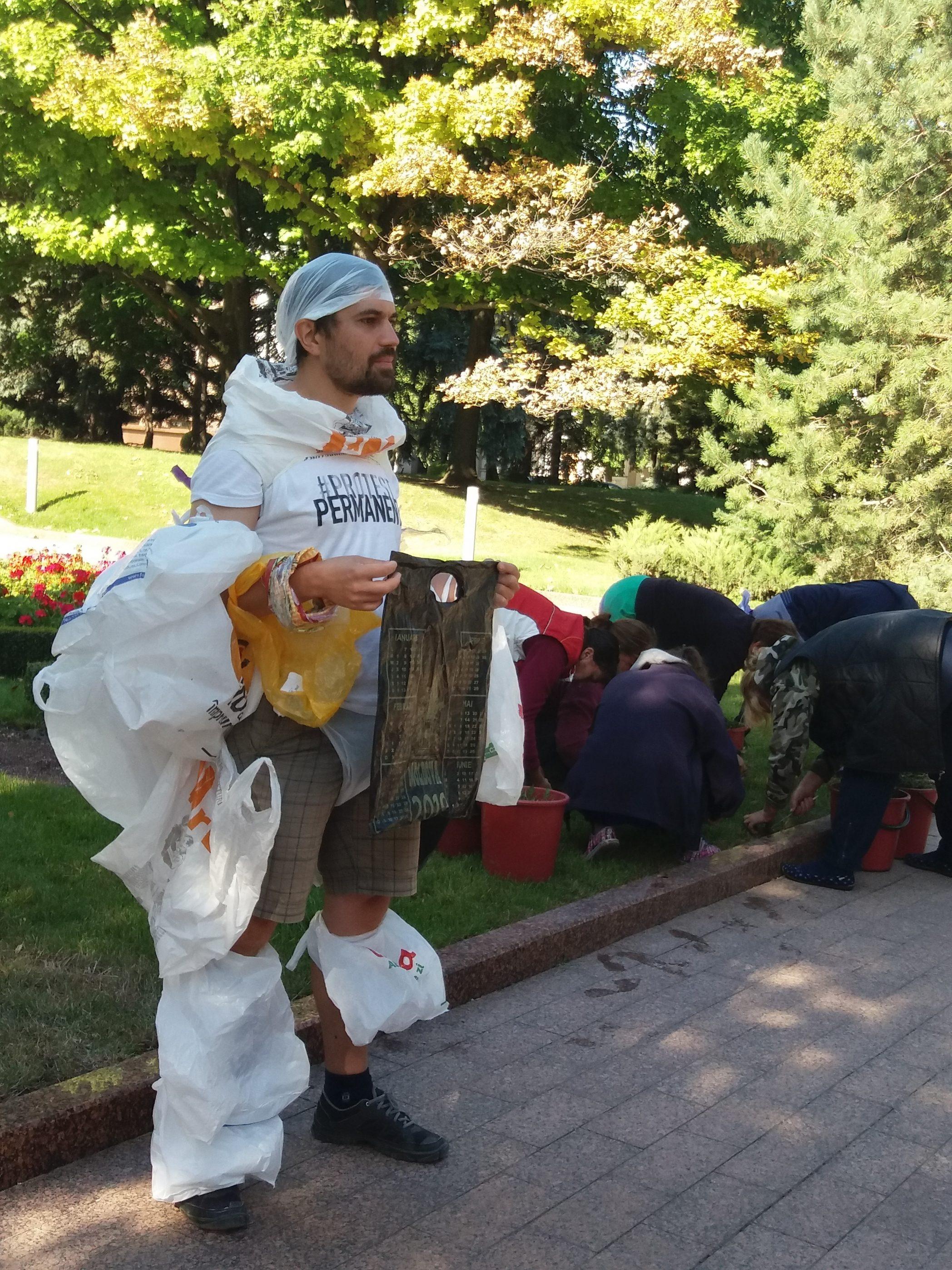 Flashmob împotriva pungilor de plastic