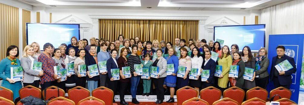Prezentarea materialului educaţional Cutia Cimatică în Moldova