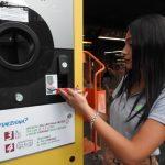Roma oferă bilete de metrou gratuite călătorilor care reciclează sticle de plastic