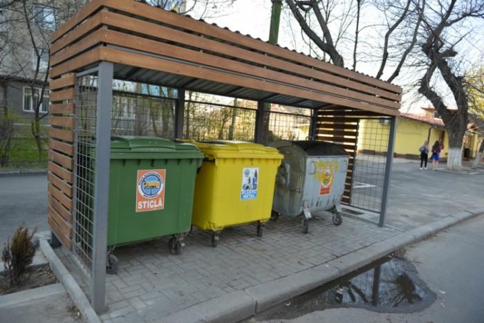 Tuburile pentru colectarea deșeurilor solide din blocurile de locuit vor fi eliminate. Ce se va construi în locul lor