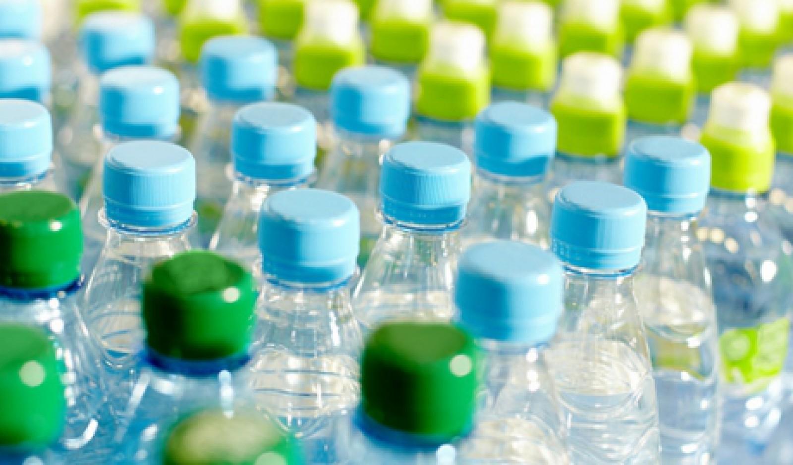 Acumularea de deşeuri de plastic pe fondul pandemiei stârneşte preocupare în Europa