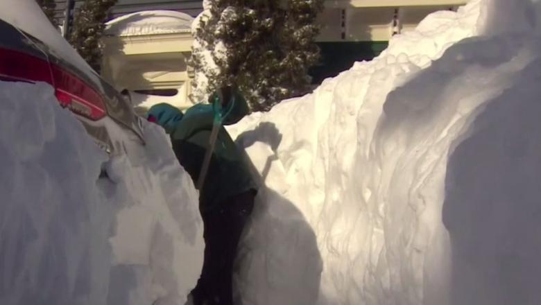 Stare de urgență în Canada. Stratul de zăpadă a crescut cu 76 de centimetri într-o singură zi