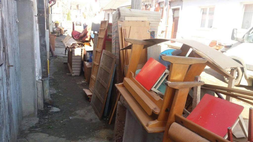 Deșeurile voluminoase vor fi depozitate în locuri special amenajate
