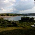 FOTO/ A curățat de una singură malurile iazului Dănceni