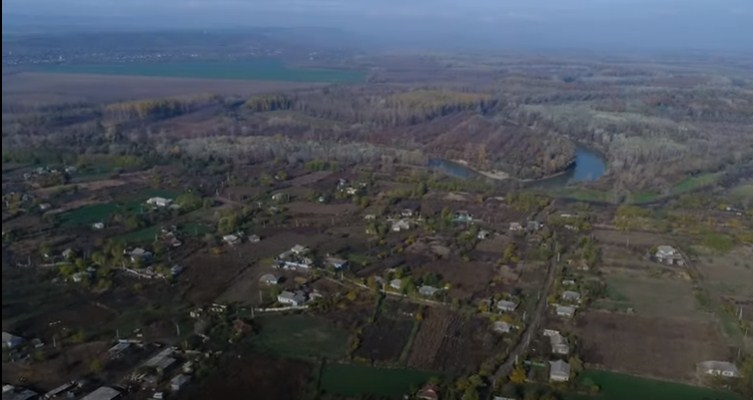 VIDEO/ Trăind într-un sat fantomă: Moldovenii care refuză să fie migranți climatici