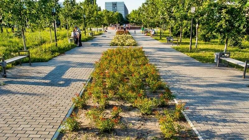 Grădina Botanică şi parcul Dendrariu se închid din cauza coronavirusului