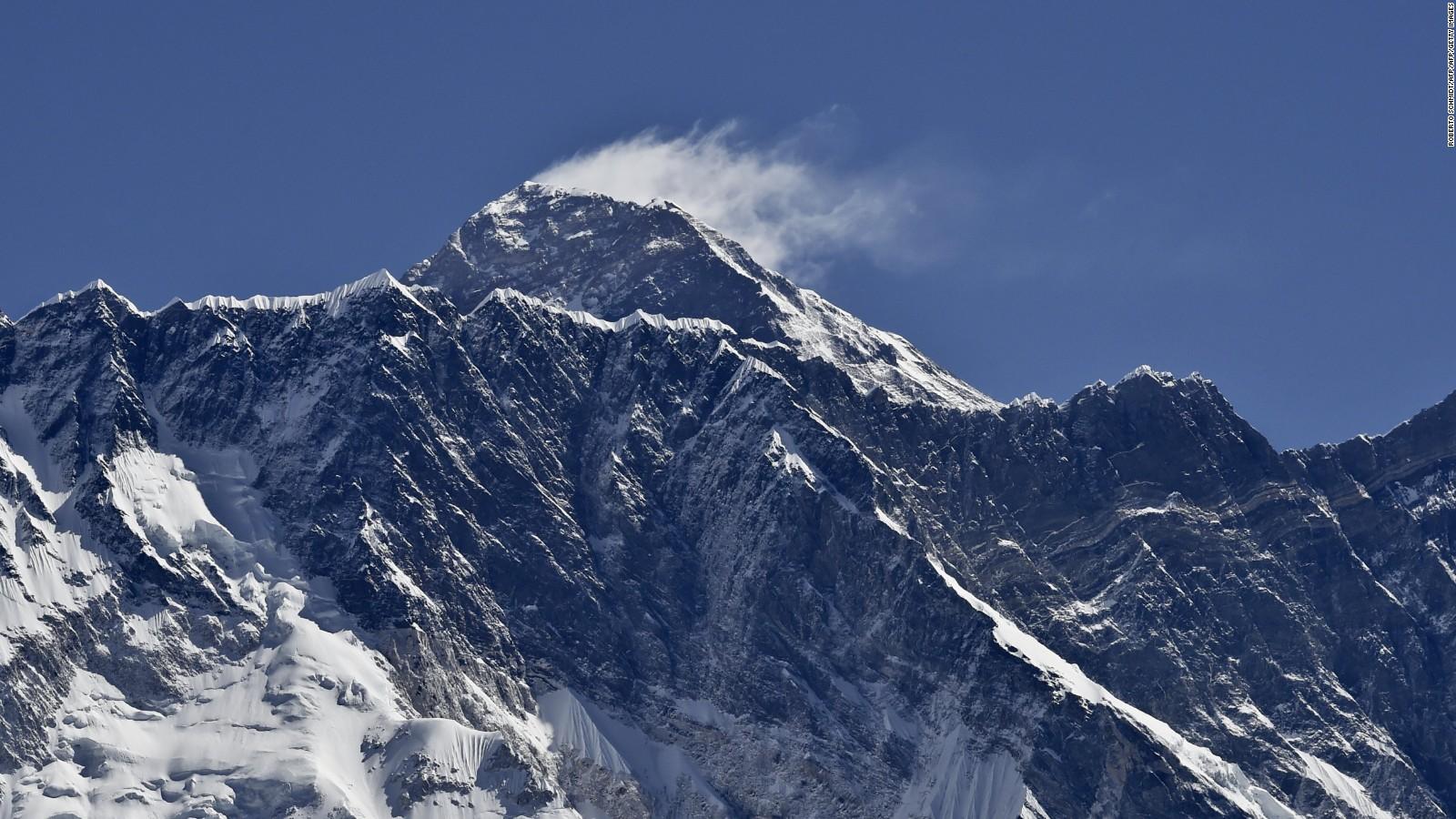 Coronavirus – Nepalul interzice accesul pe Everest şi suspendă vizele turistice