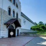 Un nou tur virtual organizat în Moldova. Astăzi vizităm vinăria Purcari