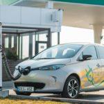 FOTO/ A fost lansată o rețea națională de stații de alimentare pentru automobilele electrice