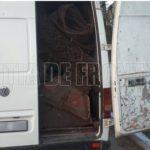 Circa două tone de metal uzat, transportat ilegal. Ce riscă șoferul