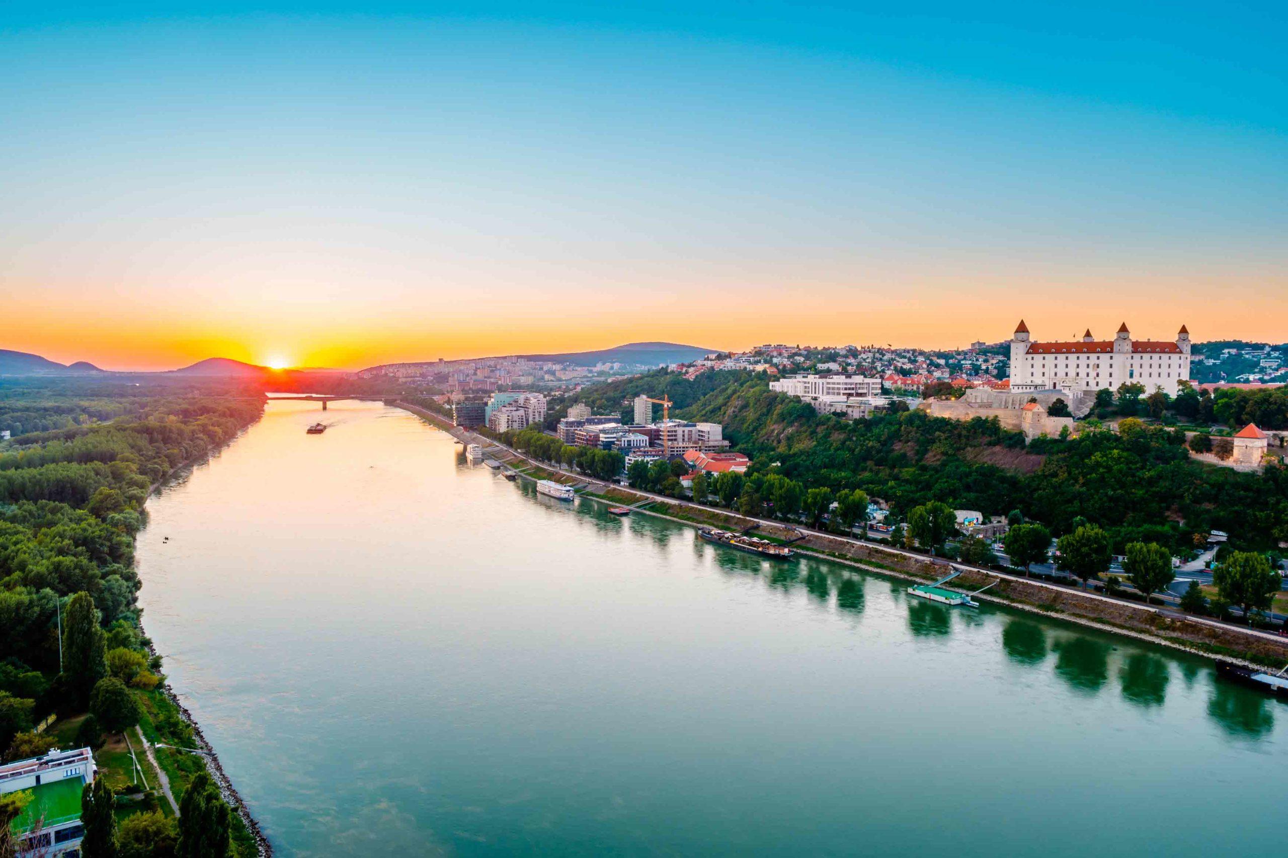 Dunărea se micşorează ca urmare a activităţilor umane, sugerează un studiu