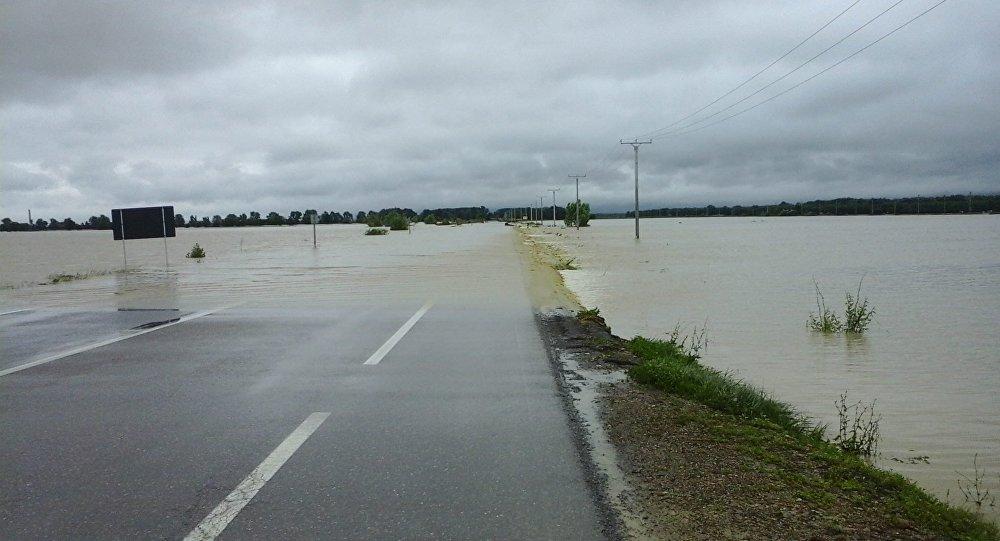 Risc de inundații în Moldova. Recomandări pentru populație