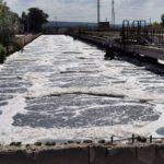 Miros neplăcut în Capitală. Agenții economici riscă să fie deconectați de la rețeaua publică de canalizare