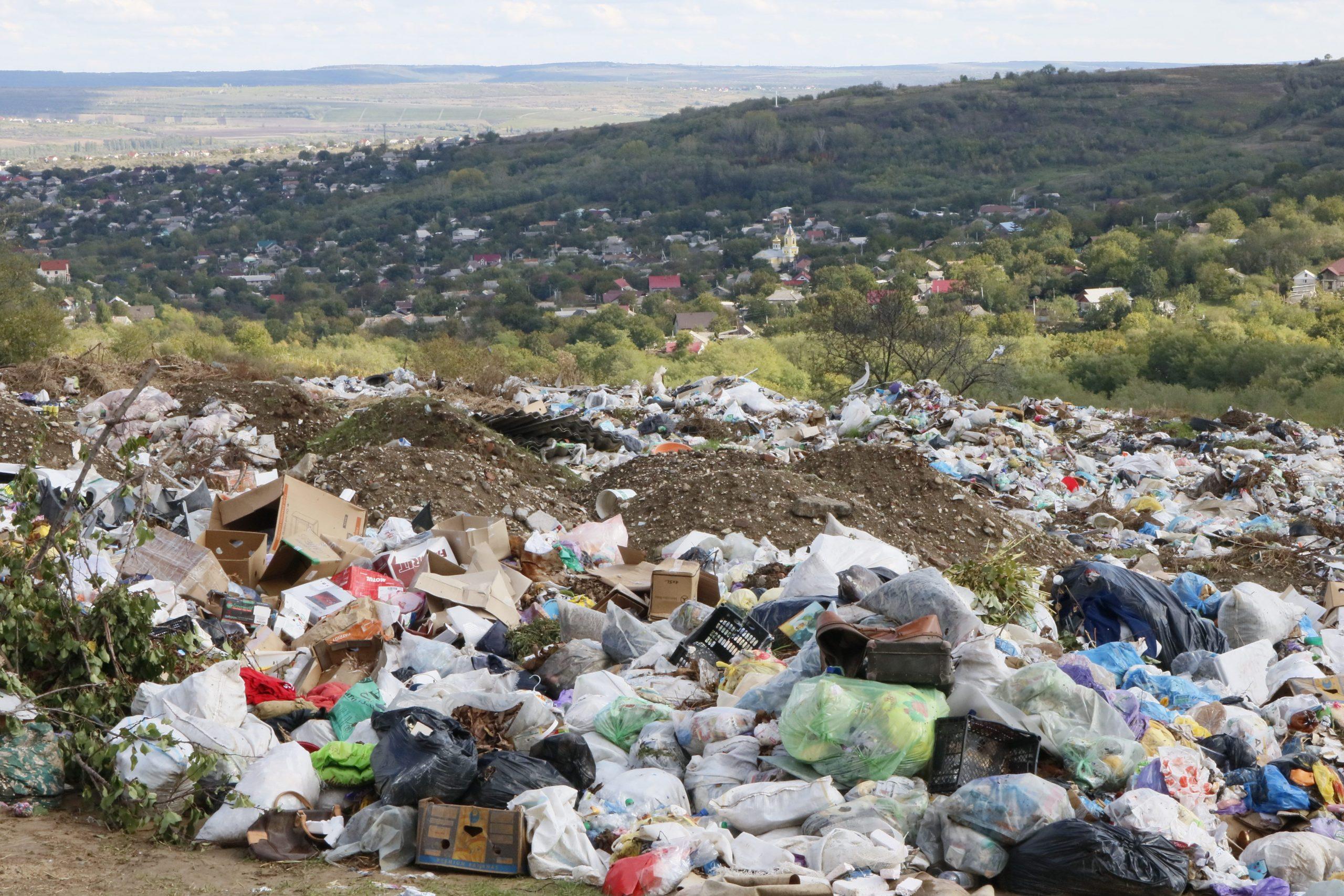 """/FOTO.VIDEO/ Este """"rublă"""", voi sorta. Separăm deșeurile, avem pentru ce"""