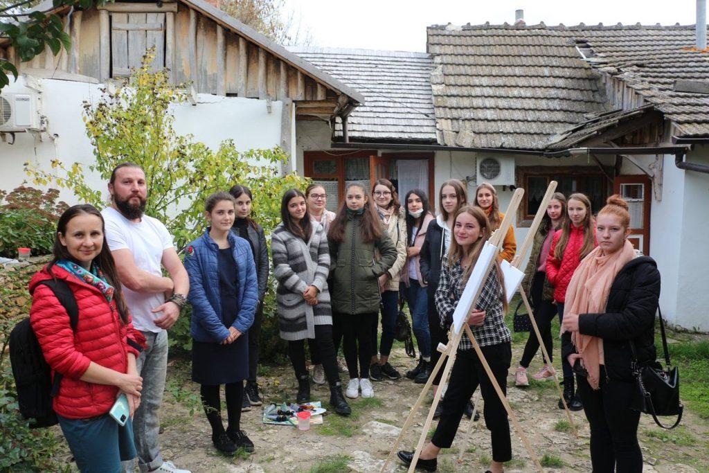 """Câştigătorii concursului """"Tinerii ambasadori ai Rezervației Orheiul Vechi"""""""