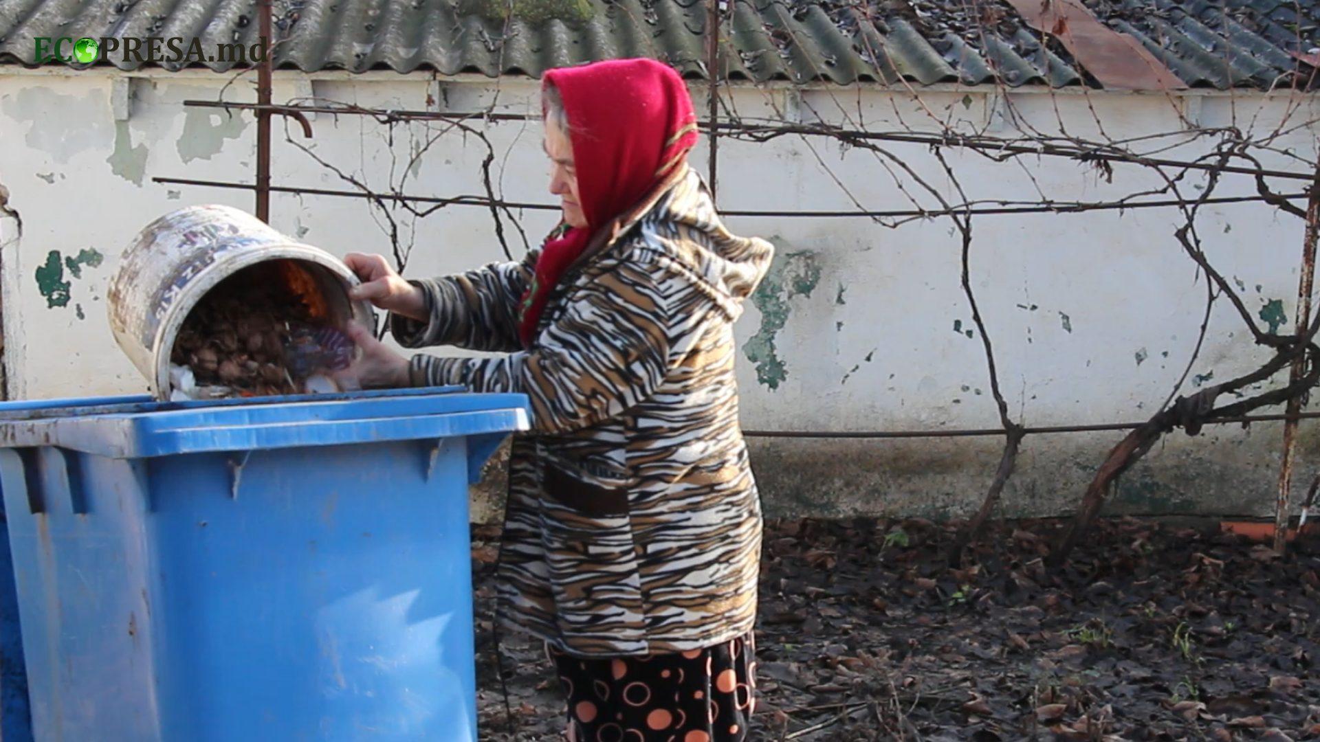 VIDEO/ Sireți – satul în care peste 75% din locuitori achită pentru colectarea deșeurilor