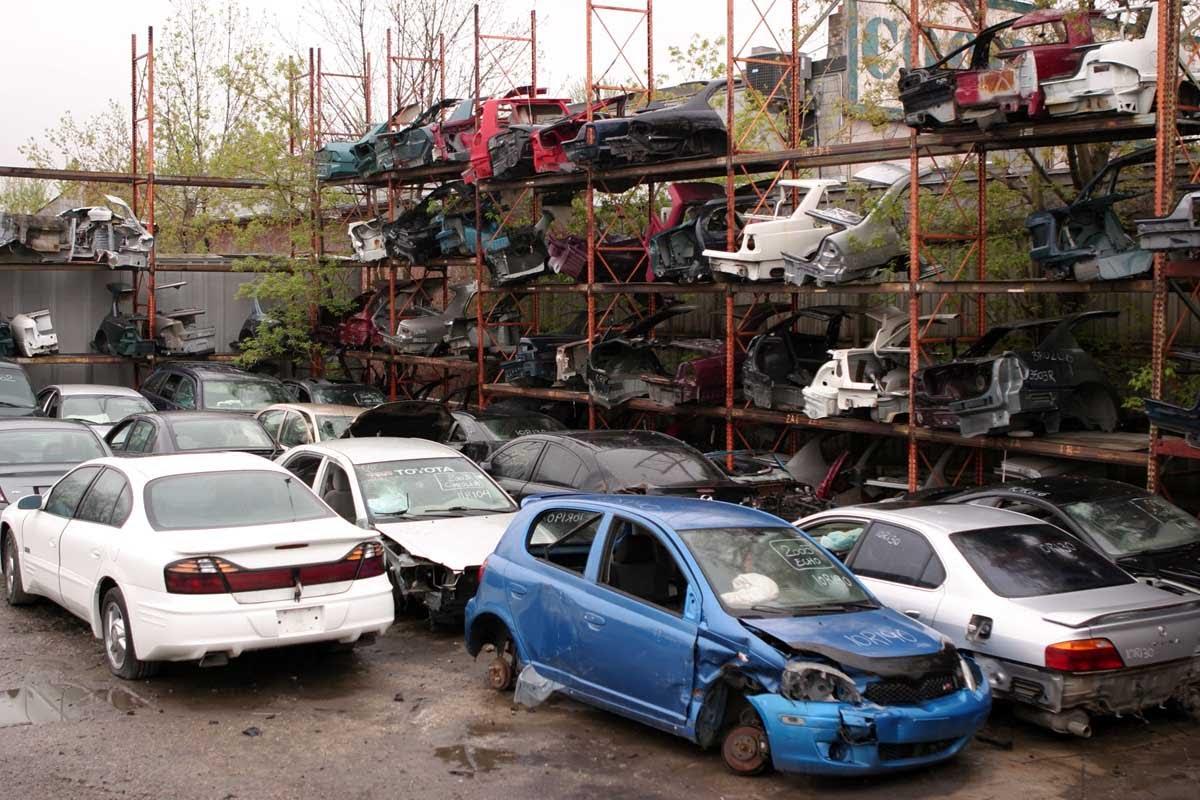 """""""Această inițiativă este prematură"""". Opinia ecologiștilor privind proiectul de lege care ar permite importul pieselor auto vechi în R. Moldova"""