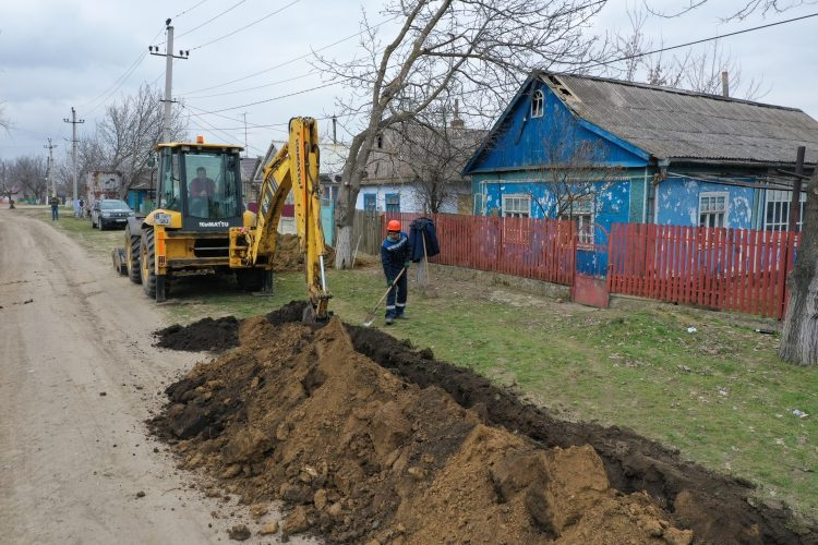 Un apeduct modern va asigura cu apă potabilă câteva localități din raionul Leova