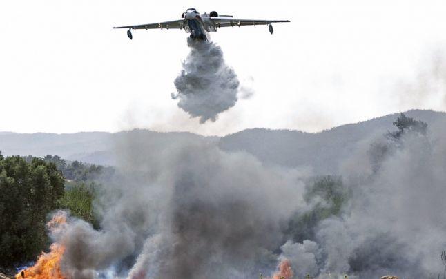 Incendii forestiere: UE ajută Italia, Grecia, Albania și Macedonia de Nord să lupte împotriva incendiilor devastatoare