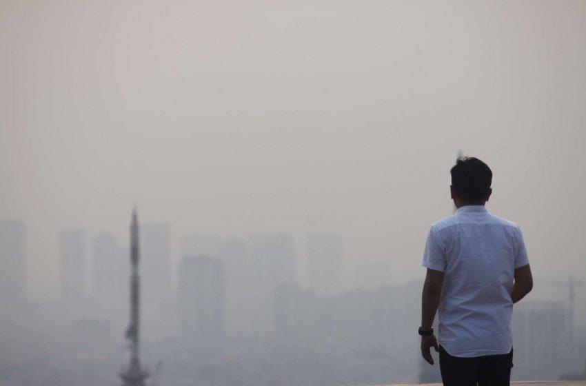 """Președintele indonezian, declarat """"vinovat de neglijență"""" în ceea ce privește poluarea din capitala țării"""