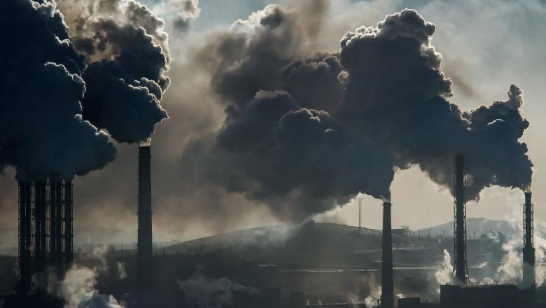 Au crescut din nou emisiile de CO2 în cele mai bogate țări ale lumii